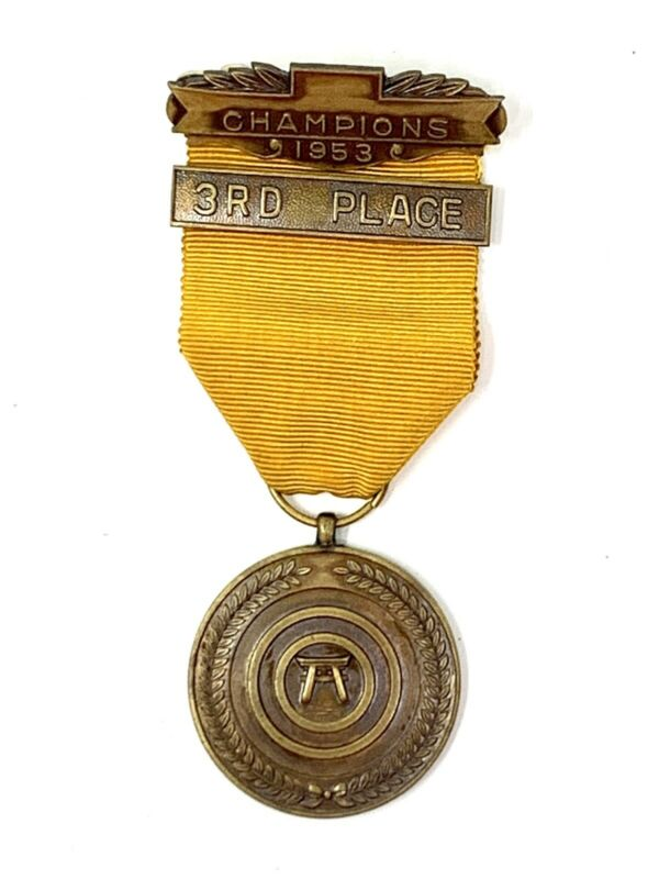 Rare Vintage Japanese Slow Fire Shooting 3rd Place Award Badge Medal Japan 1953
