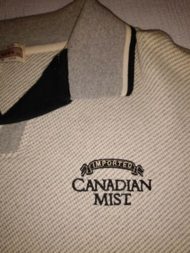 Vintage 1990's Imported Canadian Mist Insulated Long Sleeve Shirt Men