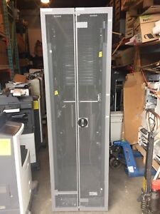 HP G2 10642 Server Rack with  full enclosures