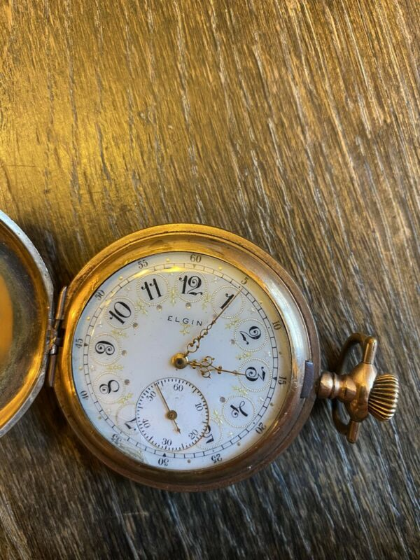Ornate antique Elgin gold tone pocket watch vintage RUNS