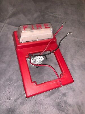 Simplex 4903-9101 Strobe Wall Mount 624-958 Red Fire Alarm