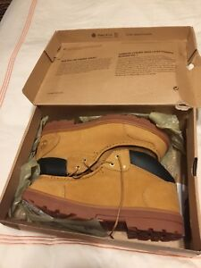 Mens Timberland Winter boots New in box