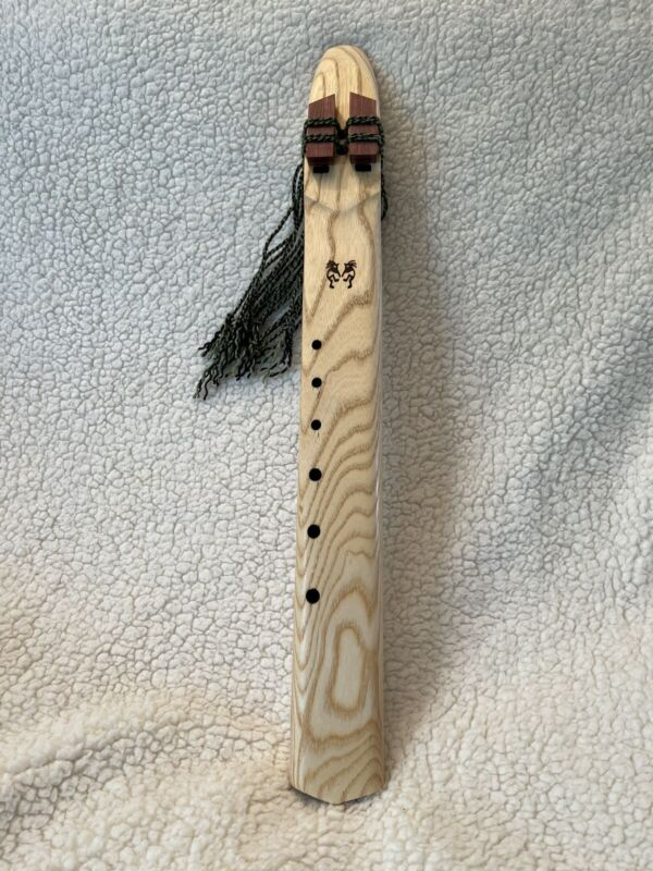 Musical Wood Native American Style Drone Flute G Minor 440hz