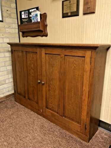 Antique Arts & Crafts Mission Style Quarter Sawn Oak Raised Panel Cubby Cabinet