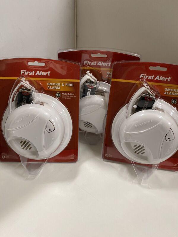 Pack of 3 (BIN7) First Alert Smoke & Fire Alarm Detector Brand New