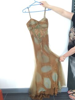 $40 this cute long brown dress Roxburgh Park Hume Area Preview