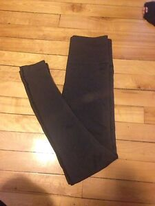 Lulu Lemon size 6 super tight fitted leggings