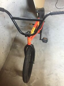 Sunday orange primer bmx ( great condition!!!! )