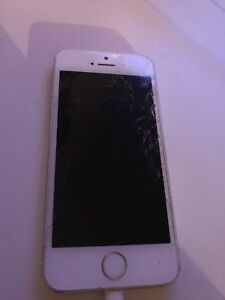 BROKEN LOCKED iPhone 5