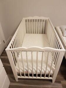 Baby bed+playpen Brand new!