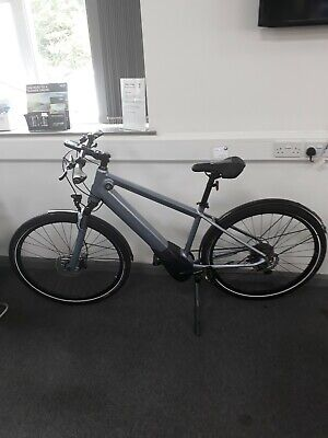 THE ALL NEW BMW ACTIVE HYBRID E-BIKE SIZE SMALL (160-175cm) NOW IN STOCK