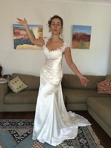 Wedding Dress for Sale - Never been worn Burleigh Heads Gold Coast South Preview