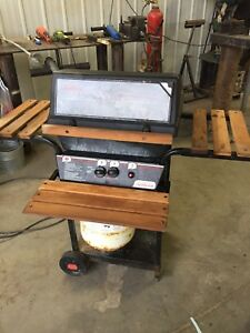 BBQ - comes with tank of propane