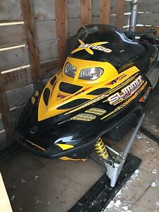 2002 Ski-doo summit 800 151""