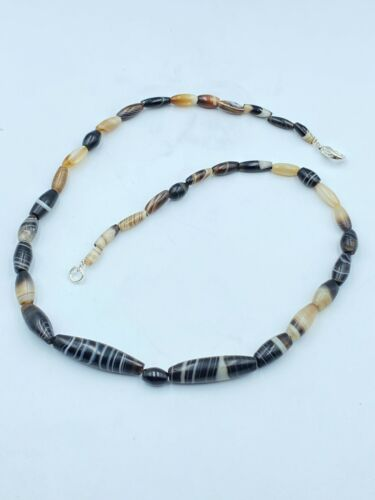 Old Antique Indo Tibetan Himalayan Banded Agate Amulet Bead Pendant Necklace