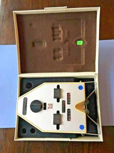 Analog Essilor Pupilometer w/ Case and Instructions - Vintage 1
