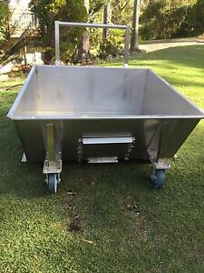 Stainless steel trolley Engadine Sutherland Area Preview