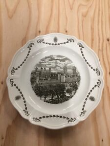 """Wedgewood China """"Old London Views"""" plate."""