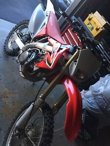 2014 CRF450X *very low hours*