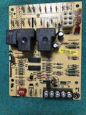 Honeywell Control Board St9120c 4057 Icp Hq1011927hw 1011927