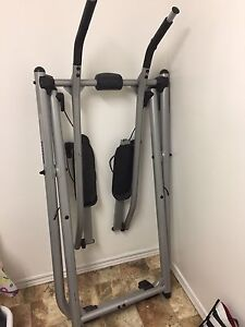 Gazelle and elliptical both for $20 *must pick up