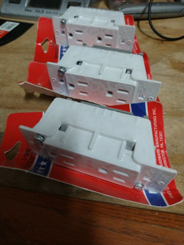 Mobile Home Duplex Outlet, No E-120C,  United States Hdw Mfg Ha, - 3 pack
