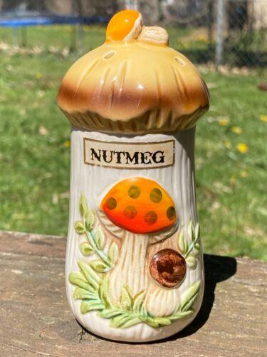 Merry Mushroom Nutmeg Shaker Sears Roebuck 1976