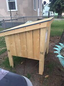 Custom built cat house or mini chicken coop