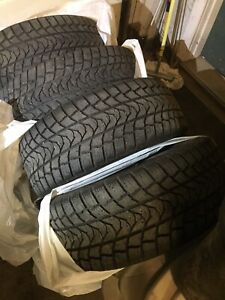 235 50 R18 Minerva winter tires