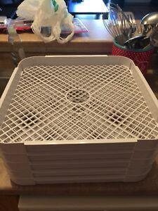 True timber dehydrater trays