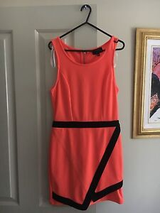 Woman's Dress Size Medium Bonnells Bay Lake Macquarie Area Preview