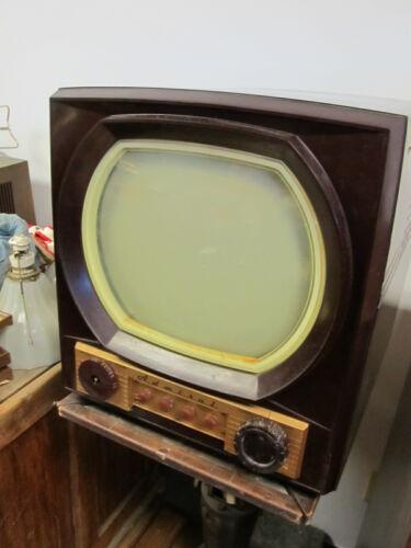 Vintage Admiral Bakelite Tabletop Tube TV Set 12X12,
