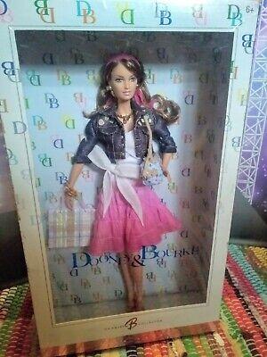 Pretty Dooney & Bourke 2006 Barbie Doll w/ D&B Purse Pink Label Ltd. Model Muse
