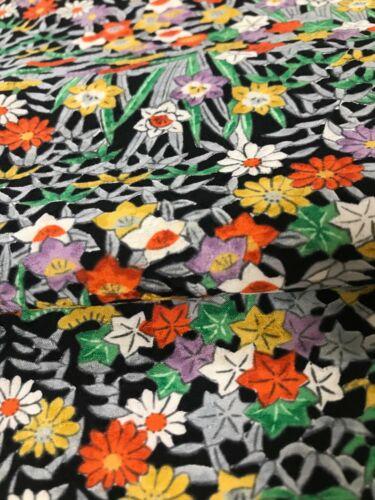 @@ 175 cmx 35 cm  Japanese kimono silk fabric/ smooth weave/ black base J94