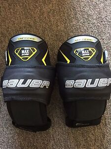 Goalie Pads - Thigh Guards