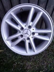 GENUINE MERCEDES BENZ MAG WHEELS X 4