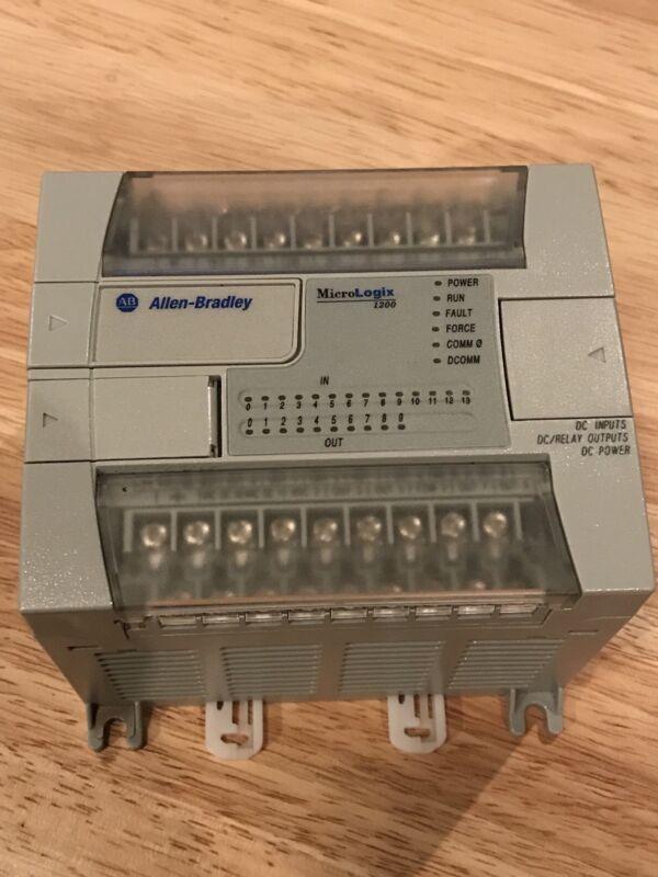 Allen Bradley MicroLogix 1200 PLC Controller 1762-L24BXB SER C FRN 9 w/Cable