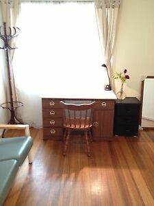 Canterbury 2 BR unit  - Ideal for Swinburne students Canterbury Boroondara Area Preview