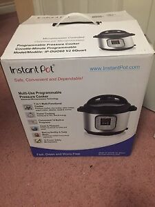 Instant Pot pressure cooker Brand new