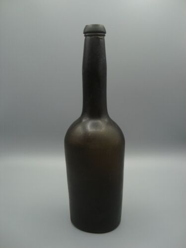 Circa 1820-50 Antique Black Glass Beer / Ale Bottle