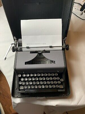 Mint Reconditioned Royal Arrow Manual Portable Typewriter Outstanding Paint Job