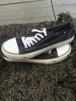 Wanted: Tommy Hilfiger men's or women's casual shoes