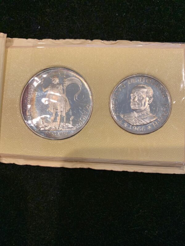 Military order Malta  1965 1 &2 scudi proof set in holder silver 1966 coins