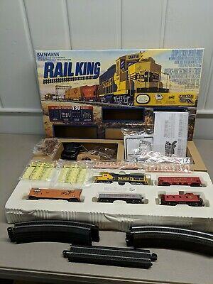 Works & In Great Shape!! Vintage BACHMANN RAIL KING HO TRAIN SET E-Z TRACK
