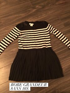 Lot de vêtements de fille grandeur 5 à 8 ans à vendre
