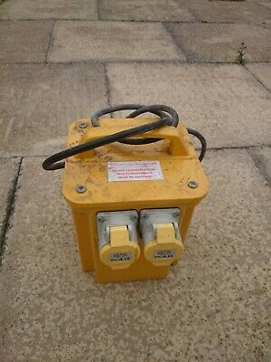 110v Transformer 3000kVa With 2 Outlet Sockets