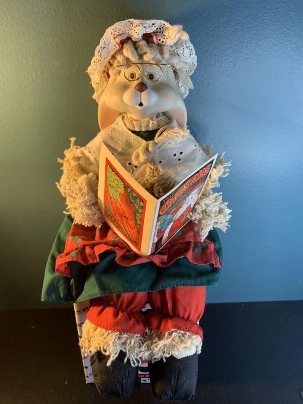 Christmas Around the World/House of LLoyd Porcelain Grannie Flo W/ Original Box