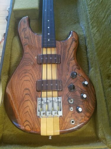 Ibanez Musician Fretless Bass