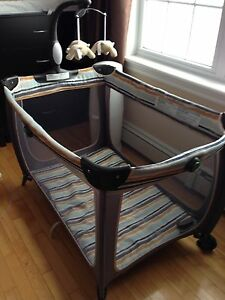 Lux playpen in great condition