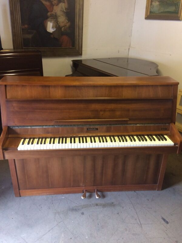 C1980 Baldwin Modern Walnut Piano. Free Delivery In Essex.